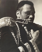 "Paul Robeson interpreta il dramma ""L'imperatore Jones"""